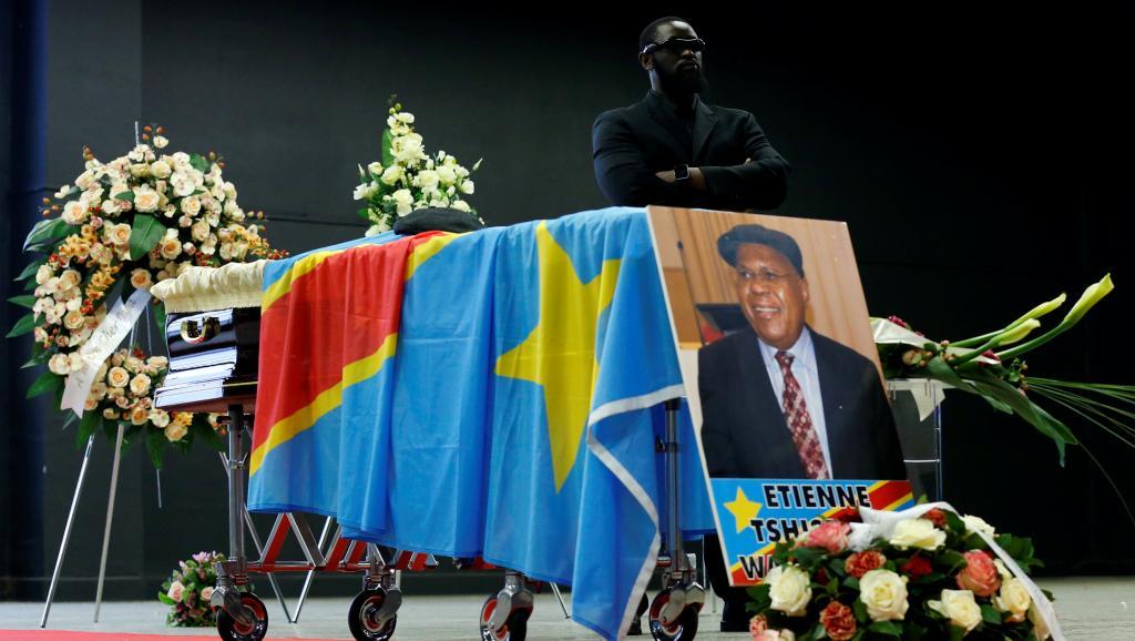 Le cercueil d'Etienne Tshisekedi sous bonne garde à Bruxelles