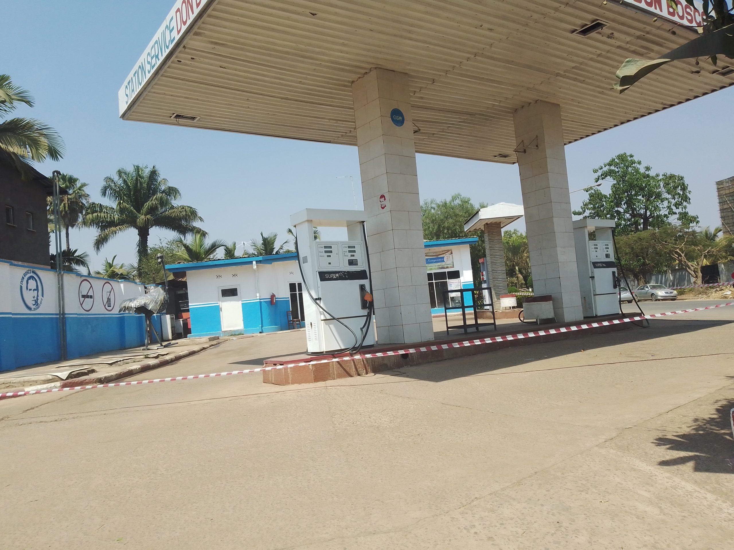 Station d'essence Don Bosco à Lubumbashi. Photo crédit : Trésor TSHILUMBA